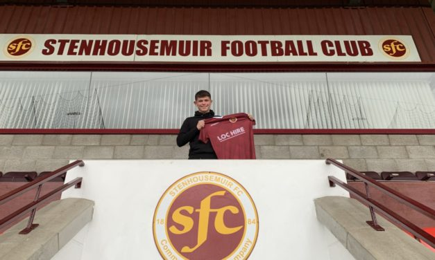 Warriors sign Munro on loan from Saints